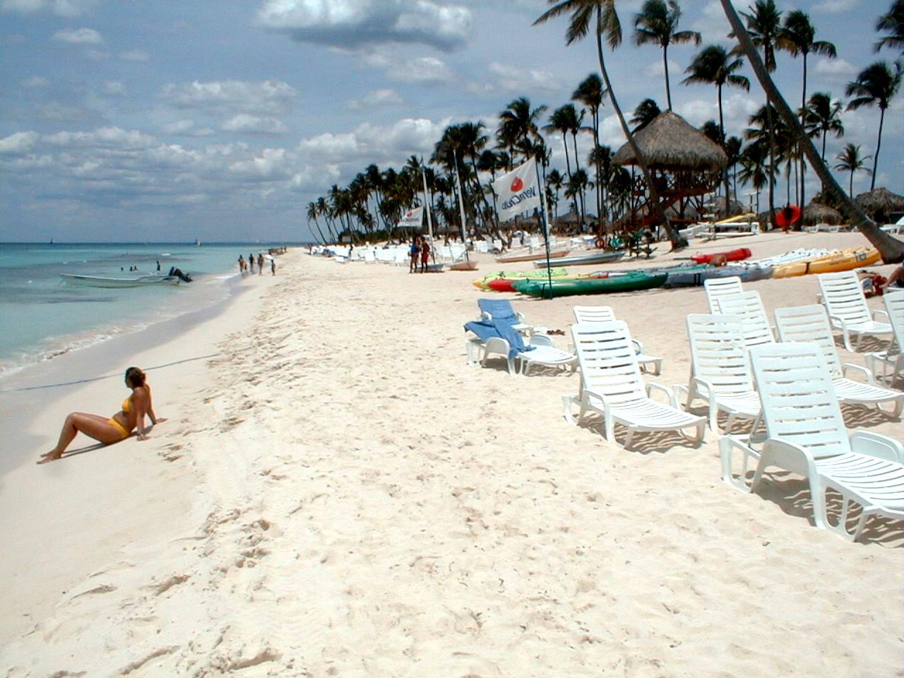 Доминикана: плаж, палми и безгрижие